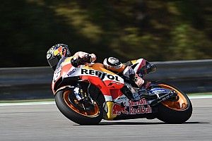 Brno MotoGP: Pedrosa leads Petrucci in mixed-up FP2
