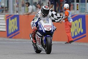 "Yamaha resurgence inevitable in ""cyclical"" MotoGP - Lorenzo"