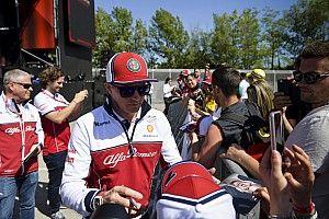 """Räikkönen csütörtöki napja Barcelonában, képekben: a """"Jégember"""""""