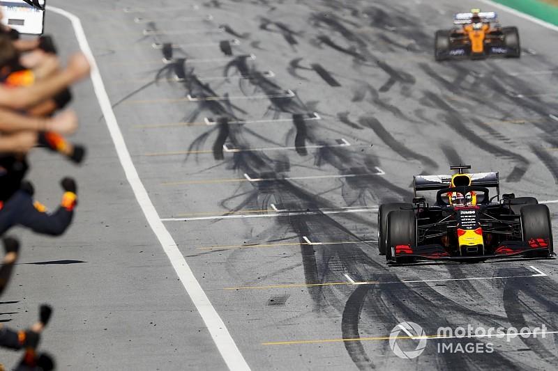 Verstappen tem exibição épica, frustra Leclerc e vence GP da Áustria pelo 2º ano seguido