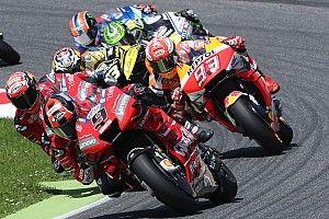 Довициозо обвинил Петруччи в поражении от Маркеса на Гран При Италии
