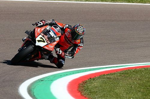 WorldSBK Italia: Cetak rekor lap, Davies pole position
