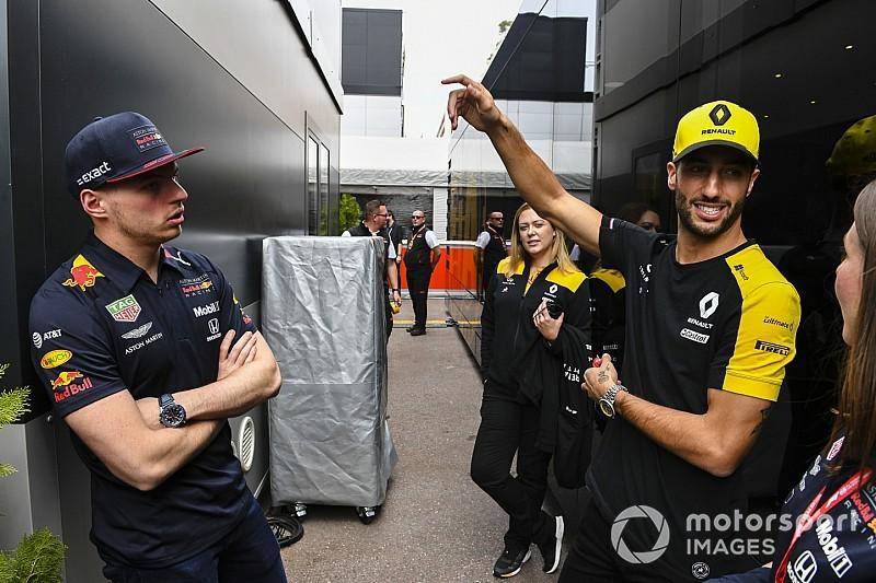 Ex-companheiro de ambos, Ricciardo diz que Verstappen é mais rápido que Vettel