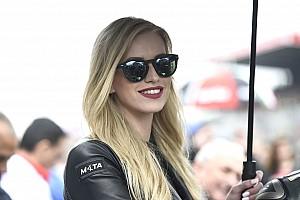 Rajtrácslányok a MotoGP Francia Nagydíjáról