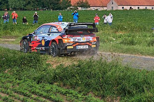 WRC, Rally Ypres, PS9: Tanak fora e scivola 7°. Loubet KO