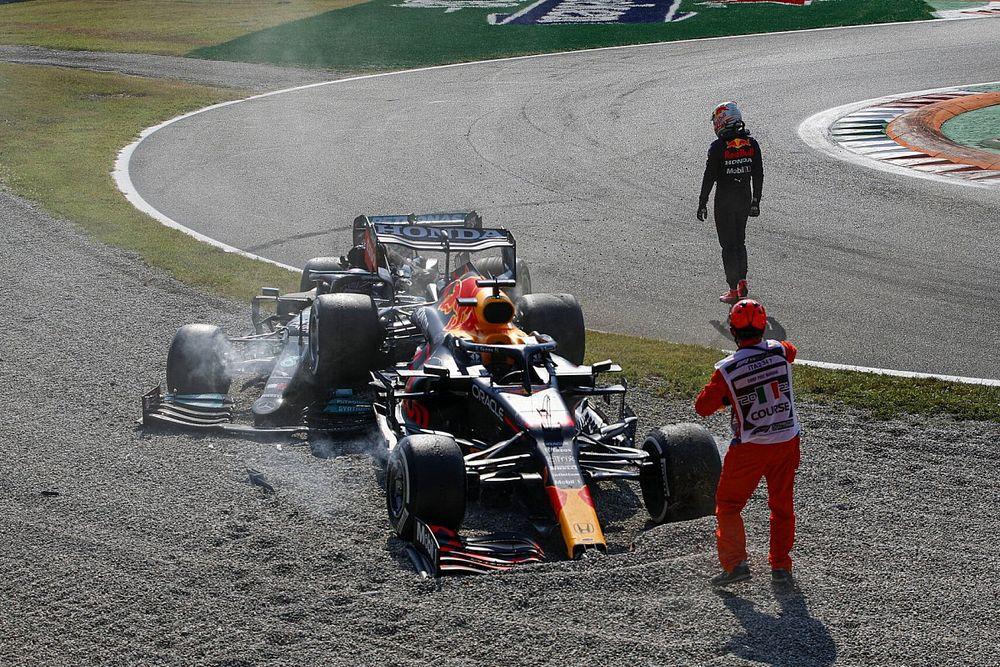 """F1: Hamilton """"surpreso"""" por Verstappen não checar se ele estava bem após acidente na Itália"""