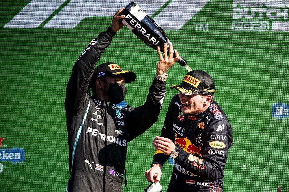 """Villeneuve: """"Verstappen 'üstünlük', Hamilton zayıflık gösteriyor"""""""