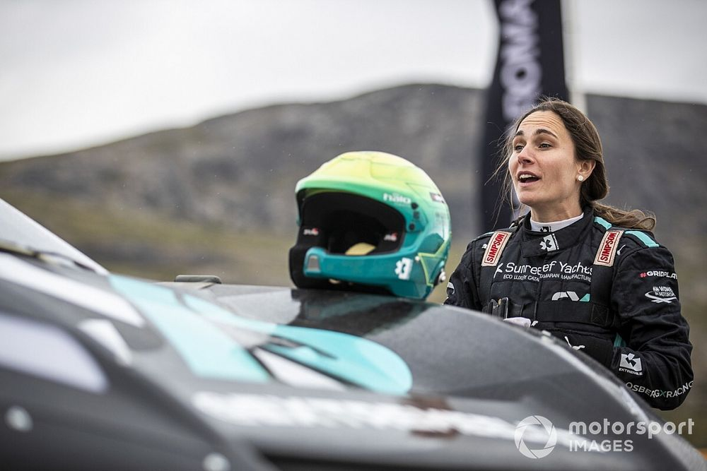 Gravel Notes Podcast: Molly Taylor's rallying journey from Australia to Extreme E