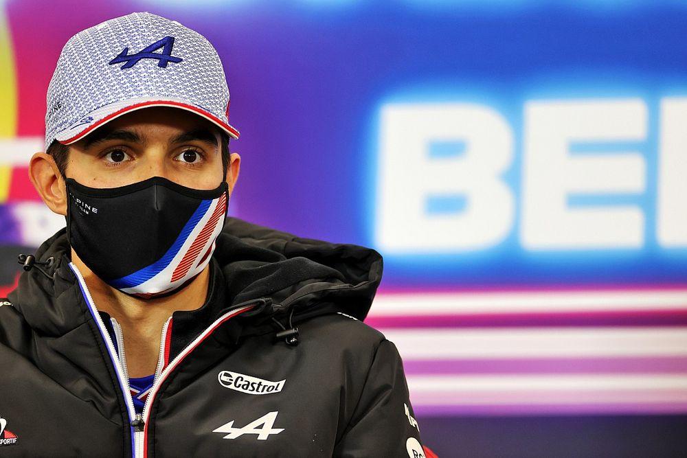 """Ocon: """"Sochi ve diğer yarışlarda puan alarak, beşinci olmayı umuyoruz"""""""