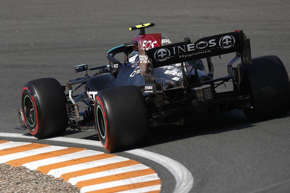 Wolff ontkent dat Mercedes 'trucje' gebruikt voor extra vermogen