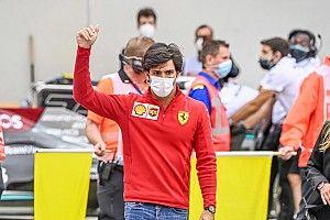 Juara Dunia F1 Anggap Sainz Pembalap Cerdik