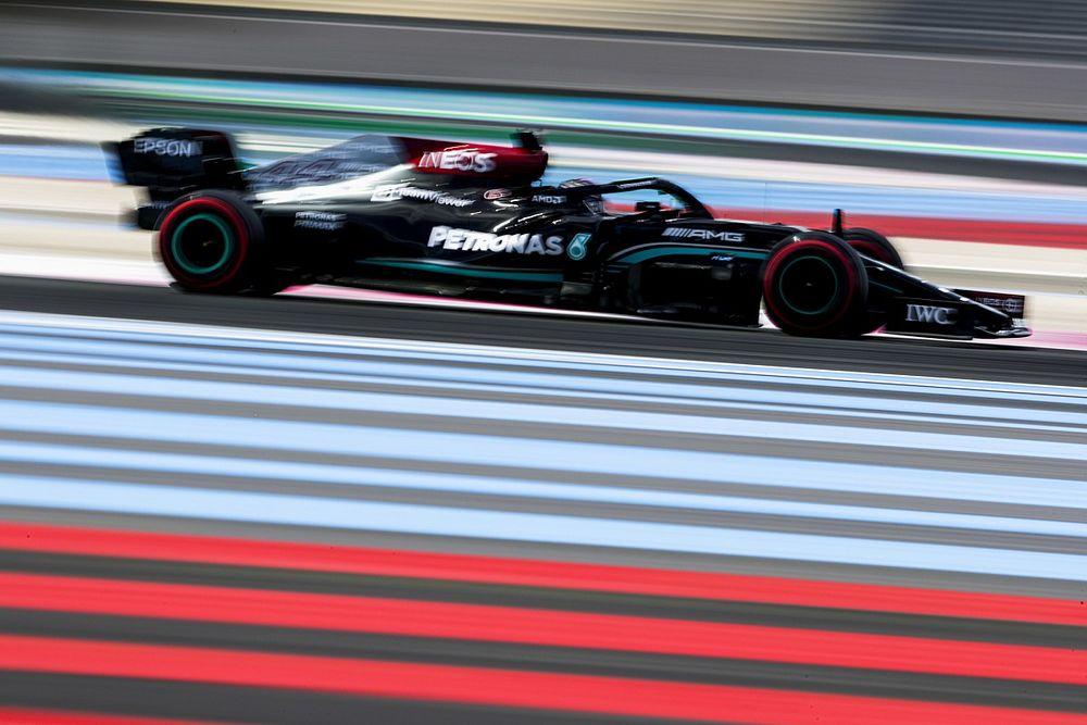 """Hamilton: """"Se podía apostar a que Red Bull iría rápido en Francia"""""""