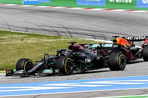 """Button: """"Verstappen henüz Hamilton kadar eksiksiz bir pilot değil"""""""