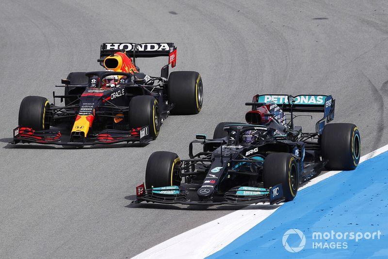 Fotogallery F1: il gran duello del GP di Spagna