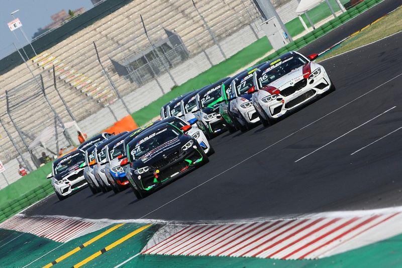 BMW M2 CS CUP: Sandrucci e Marcucci conquistano Misano