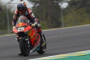 Le Mans Moto2: Fernandez beats Gardner as Lowes crashes out