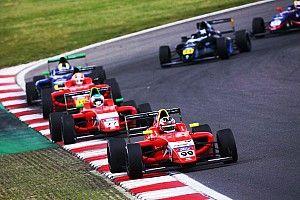 Biliński siódmy w Brands Hatch