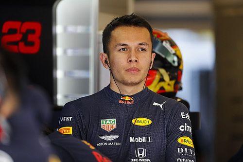 Albon zostanie w Red Bull Racing