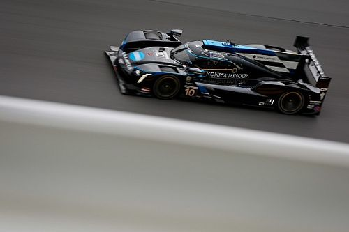 Rolex 24, Hour 18: WTR lead grows further by sunrise