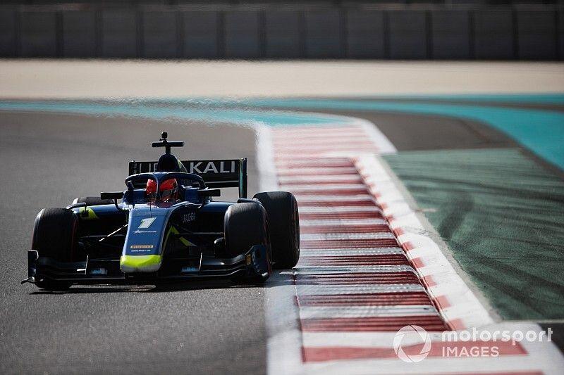 Mazepin cierre los test de F2 como el más veloz en Abu Dhabi