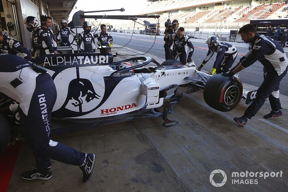 Tost: Unfair to race in Australia without full grid