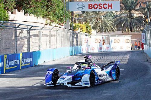 Diriyah E-Prix: BMW sürücüsü Sims yine pole pozisyonunda