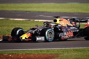 El Red Bull RB16 ya toca el asfalto