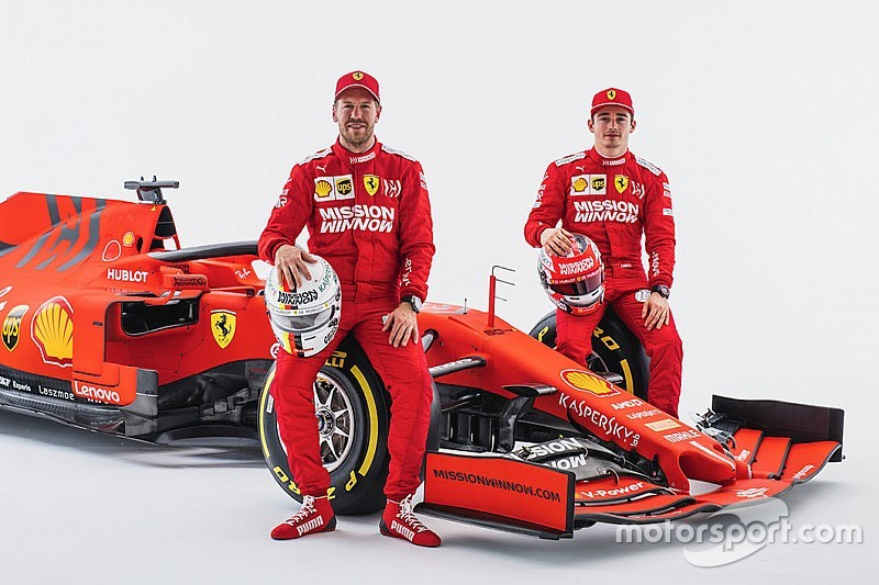"""Declaração da Ferrari de priorizar Vettel é um """"aviso"""", diz Toto Wolff"""