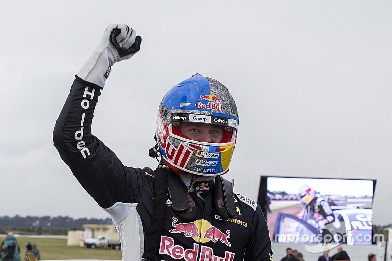 Tasmania Supercars: Van Gisbergen breaks Mustang winning streak