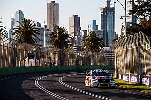 "Van Gisbergen ""felt like a punching bag"" in Albert Park finale"
