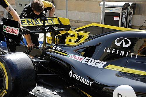 Renault scarica il posteriore e ha modificato l'ala con più incidenza