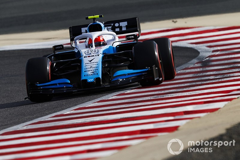 "Kubica ""a passenger"" until Williams improves car"