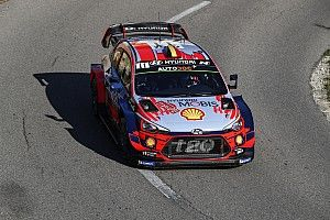 WRC, Rally Catalogna, PS7: Neuville vola ed è il nuovo leader!
