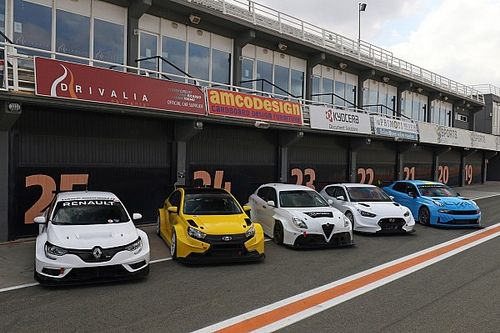 Dan Lloyd chiude i test BoP a Valencia girando con Hyundai, LADA, Alfa Romeo, Lynk & Co e Renault