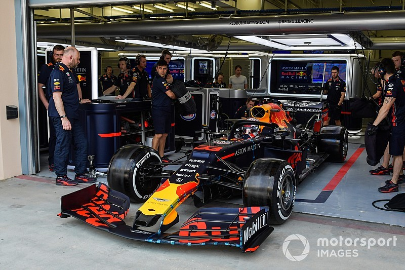 Red Bull: sulla RB15 di Verstappen c'è un diverso sistema di raccolta dati