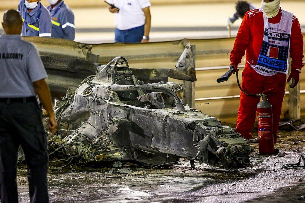 """F1は""""危険なスポーツ""""……ハミルトン「グロージャンの事故が思い出させてくれる」"""