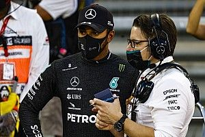 GP Abu Dhabi, Mercedes Upayakan Hamilton Bisa Comeback