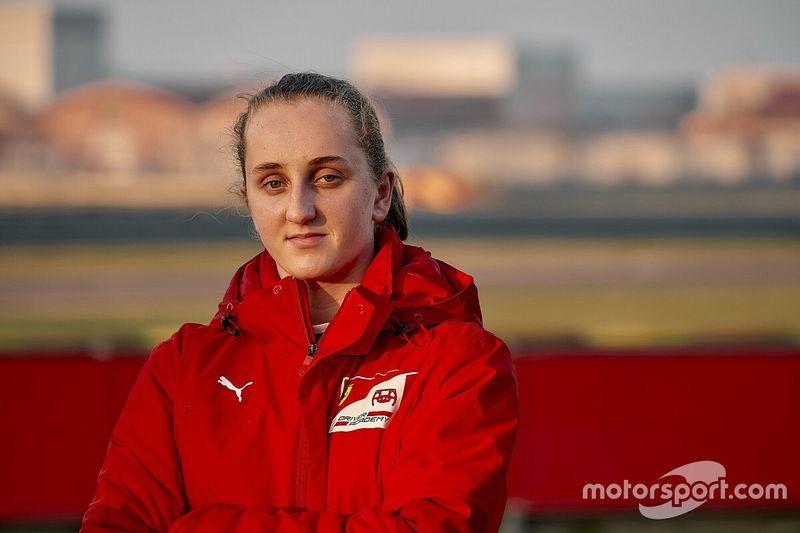 フェラーリ育成に初の女性ドライバーが加入! 16歳のマヤ・ウィーグが1年契約