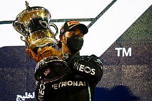 A Mercedes sportigazgatója szerint Hamilton pole-ban lett volna a tavalyi Szahír Nagydíjon