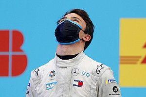 Russell: ''De Vries'in Formula 1'e gelmesi sürpriz olmazdı''