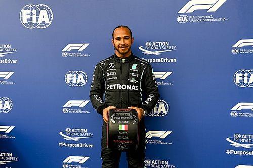 """Hamilton: """"Por fin los dos Red Bull están ahí"""""""