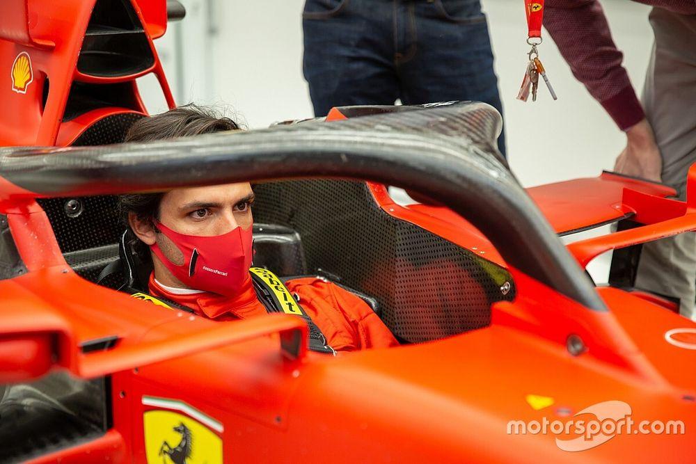 F1: Sainz tem primeiro dia como piloto da Ferrari e fará teste em janeiro