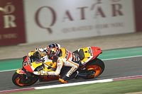 Bradl lo vuelve a hacer y ya es el más rápido en el test en Qatar