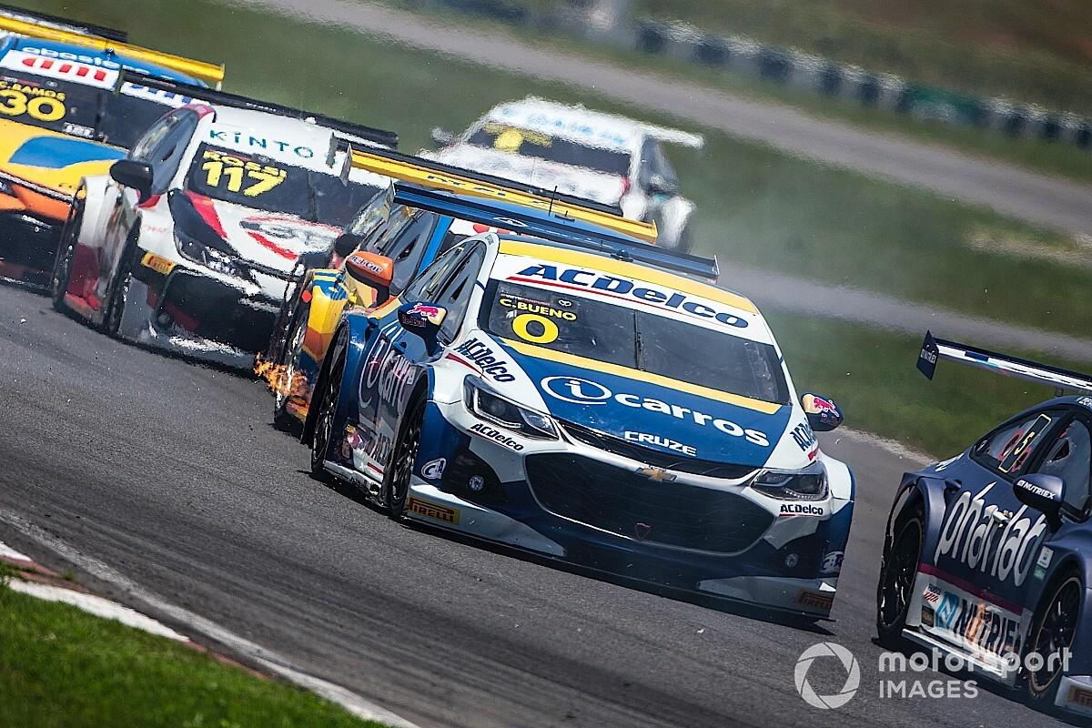 Cacá elogia garra da equipe iCarros ACDelco Crown Racing na recuperação do carro