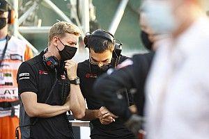 Ross Brawn szerint Mick Schumacher debütálása apja tragédiájára emlékeztethet minket
