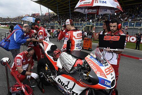 """Lorenzo: """"Ducati é a moto mais completa em pista molhada"""""""
