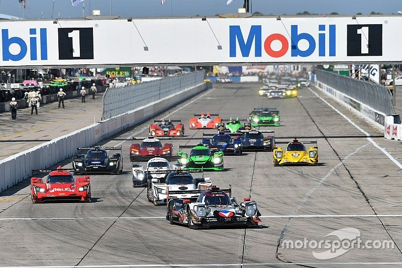 Sebring 12h: Hr 1 – Misfortune for Rebellion hands lead to Cadillac