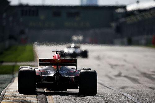 """Ricciardo kritisch: """"Elk jaar met achterstand beginnen is zwakte"""""""