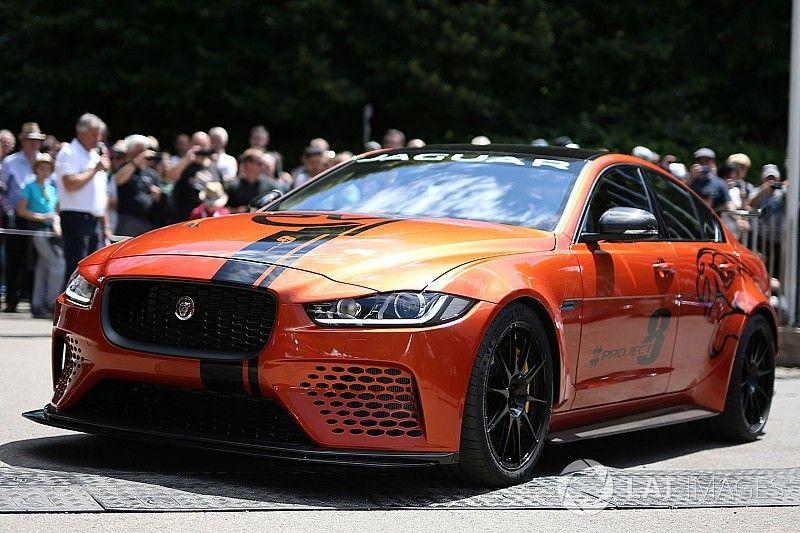 Jaguar'ın en güçlü yol otomobili Goodwood'daydı