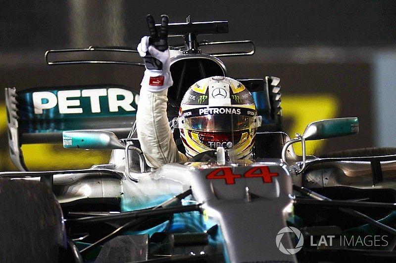 Singapore GP: Hamilton wins after Ferrari disaster